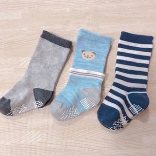 ニシマツヤ(西松屋)のベビー靴下 9-13cm 3足セット(靴下/タイツ)