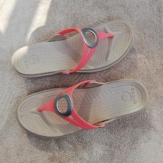 クロックス(crocs)のクロックス トングサンダル 7(23cm) 大きめ23.5-4位 ビーチサンダル(サンダル)
