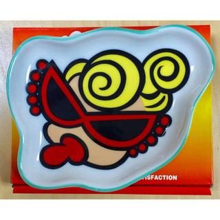 ヒステリックミニ(HYSTERIC MINI)のヒスミニ☆正規品☆新品☆お皿☆ダイカット☆陶器製☆食器☆グリーン(食器)