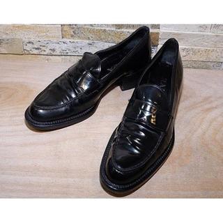 プラダ(PRADA)の美品 PRADA (プラダ) コインローファー 黒 24cm(ローファー/革靴)