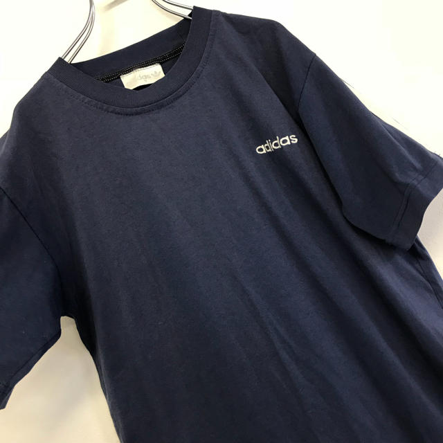 adidas(アディダス)の美品 80's古着 adidas Tシャツ 刺繍ロゴ×スリーライン メンズのトップス(Tシャツ/カットソー(半袖/袖なし))の商品写真