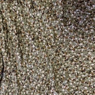 ジーユー(GU)のロングスカート 花柄(ロングスカート)