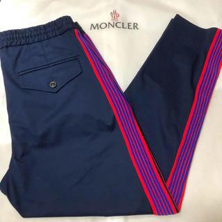 モンクレール(MONCLER)の極美品  19SS MONCLER 国内正規品 刺繍ライン イージーパンツ(チノパン)