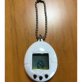 バンダイ(BANDAI)のちびたまごっち ホワイト 白(携帯用ゲーム本体)