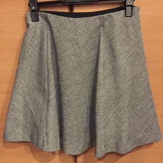 ユニクロ(UNIQLO)の最終値下げ!ユニクロの千鳥格子のスカート(ミニスカート)