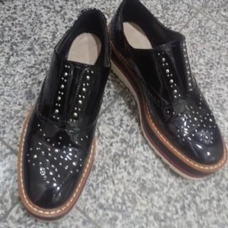 ザラ(ZARA)のZARA プラットフォーム ウイングチップ(ローファー/革靴)