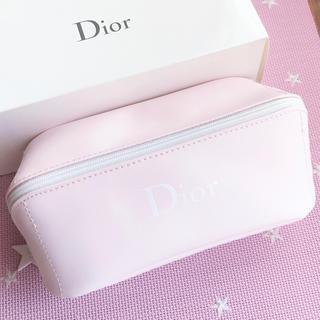 Dior - ⭐️Dior   スターチャーム ノベルティーポーチ☆新品未使用☆