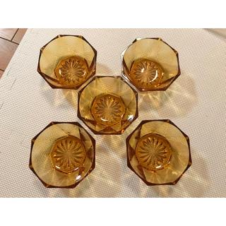 イッタラ(iittala)の【美品】涼しげな透明茶色のガラスの器5セット (食器)
