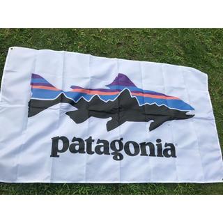 パタゴニア(patagonia)のPatagonia ナイロンフラッグ 850×1470 大サイズ  釣り(ナイロンジャケット)