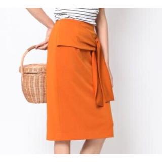 ビッキー(VICKY)の新品!VICKY ビッキー フロントリボンタイトスカート オレンジ 9号(ひざ丈スカート)