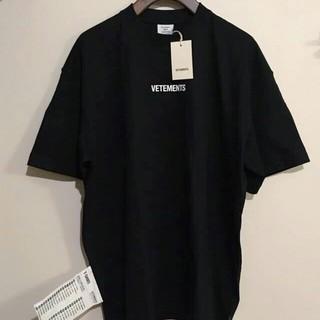 新品 VETEMENTS ヴェトモン ロゴ Tシャツ 黒 Sサイズ