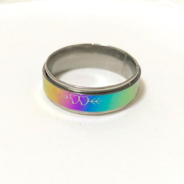 同時購入で300円 ステンレス指輪 ダブル ハート レインボー レディースのアクセサリー(リング(指輪))の商品写真