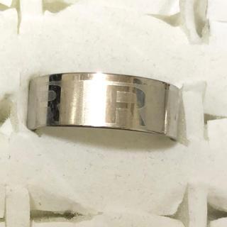 同時購入で300円 ステンレス指輪  R(リング(指輪))