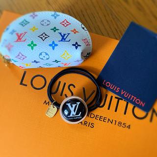 ルイヴィトン(LOUIS VUITTON)のBLK  新品 ルイヴィトン  ヘアゴム ブレスレット チャーム(ヘアゴム/シュシュ)
