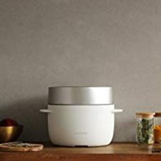 バルミューダ(BALMUDA)の【新品未使用】BALMUDA バルミューダ 炊飯器 ホワイト(炊飯器)