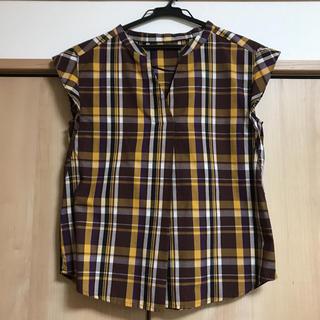 ジーユー(GU)のGU パープル マドラスチェックフリル袖スキッパーシャツ(シャツ/ブラウス(半袖/袖なし))