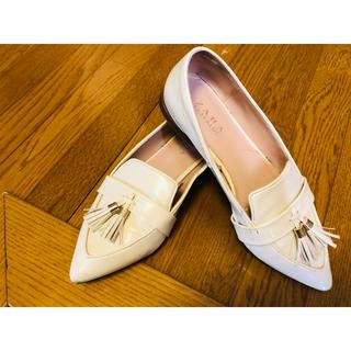 ザラ(ZARA)のザラ 白い靴(ハイヒール/パンプス)
