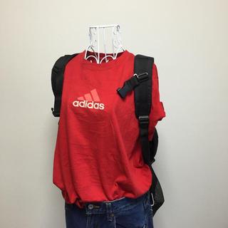 アディダス(adidas)のadidas Tシャツ レッド(Tシャツ(半袖/袖なし))