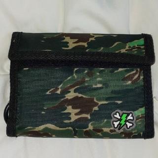 アンダーカバー(UNDERCOVER)の新品UNDERCOVERアンダーカバー財布サンダークロスボーン迷彩(折り財布)