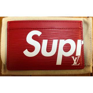 ルイヴィトン(LOUIS VUITTON)のSupreme × Louis Vuitton エピ カードケース(名刺入れ/定期入れ)