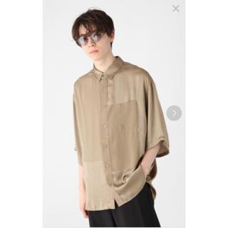 HARE - HARE サテンキリカエシャツ