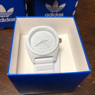 ちゃーちゃん♡様専用   アディダス 腕時計 サンディアゴ ADH6166