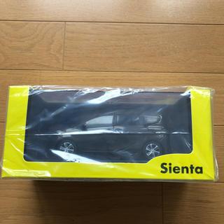 トヨタ - シエンタ ミニカー