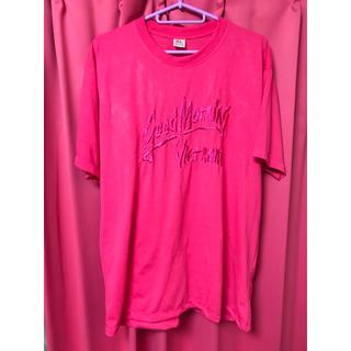 【派手】【ピンク】【刺繍】ベトナムで買ったショッキングピンクのTシャツ(Tシャツ/カットソー(半袖/袖なし))