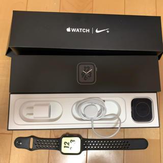アップル(Apple)のAppleWatch4 Nike+44mm cellular純正ベルト2本オマケ(腕時計(デジタル))