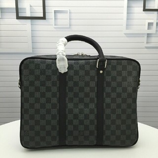 LOUIS VUITTON - ルイ・ヴィトLOUIS VUITTON ビジネスバッグ