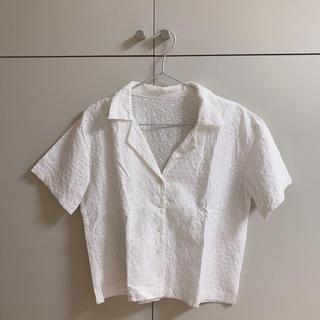 ジーユー(GU)の開襟シャツ 白 レース(シャツ/ブラウス(半袖/袖なし))