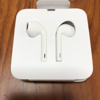 アイフォーン(iPhone)のiPhone8 イヤホン純正品(ヘッドフォン/イヤフォン)