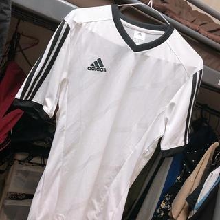 アディダス(adidas)のadidas アディダス ライン Tシャツ♥(Tシャツ/カットソー(半袖/袖なし))