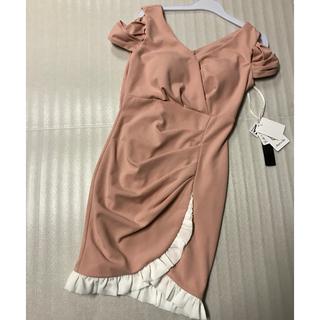 ラストM◆厚手上質◆新品タグ付き◆ピンク+フリル◆オフショルミニドレス◆(ミニドレス)