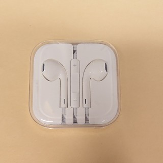 アイフォーン(iPhone)のiPhone純正 イヤホン(ヘッドフォン/イヤフォン)