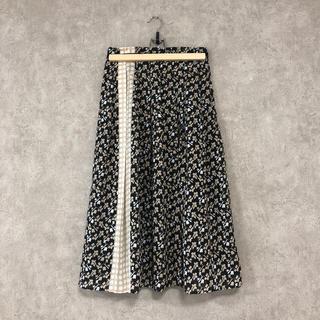 アナイ(ANAYI)の新作 ANAYI キカリーフプリントタックスカート 2019FW 2019SS(ロングスカート)