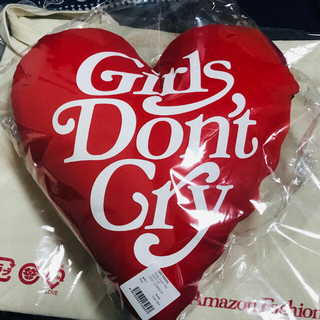 ジーディーシー(GDC)のGirls Don't Cry  クッションGDC CUSHION Red(クッション)