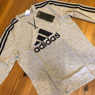 adidas - 【新品】adidas⭐️長袖Tシャツ