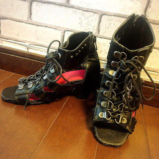 バナナチップス(BANANA CHIPS)のバナチ バナナチップス ショートブーツ風 サンダル 編み上げ  靴 19cm(ブーツ)