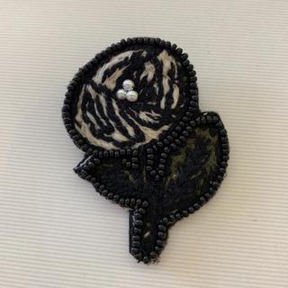 ミナペルホネン(mina perhonen)のミナペルホネンハンドメイドブローチ(ブローチ/コサージュ)