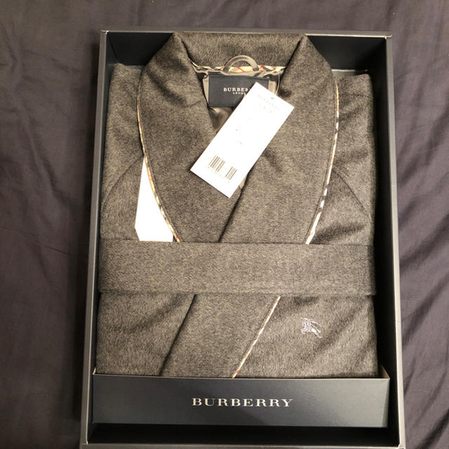 BURBERRY(バーバリー)のBurberry男性用ガウン メンズのジャケット/アウター(その他)の商品写真