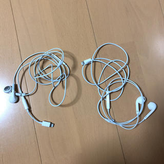 アイフォーン(iPhone)のiPhone 純正 イヤホン 2個セット(ヘッドフォン/イヤフォン)