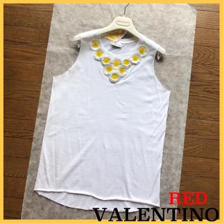 レッドヴァレンティノ(RED VALENTINO)の♡レッドヴァレンティノ 立体のお花付きトップス♡(カットソー(半袖/袖なし))