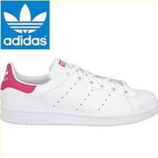 アディダス(adidas)のアディダス スタンスミス スニーカー 濃いピンク👟❤️(スニーカー)