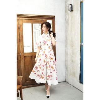 Chesty - SEVENTEN バタフライプリントドレス (オフホワイト)