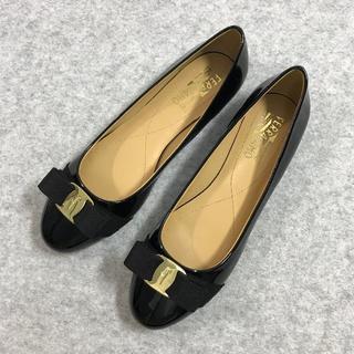 サルヴァトーレフェラガモ 靴/シューズ ハイヒール ブラック 39