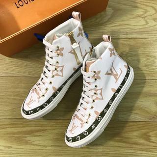 LOUIS VUITTON 靴/シューズ スニーカー パンプス サイズ40