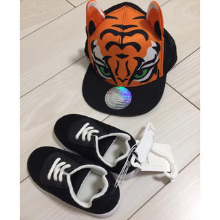 H&M - 新品 H&M メッシュ キャップ 帽子 スニーカー 靴 男の子 14.5
