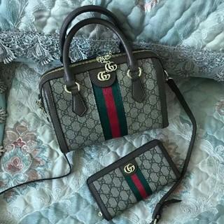 Gucci - グッチ2点セット ショルダーバッ、長財布