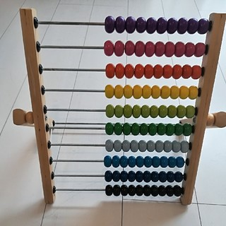 イケア(IKEA)の子供の教育に!100玉そろばん(知育玩具)